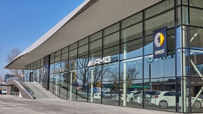 CE Glass Industries reference Mercedes-Benz dealership in Budaörs