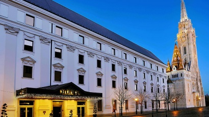Budapest Hilton CE Glass Industries reference
